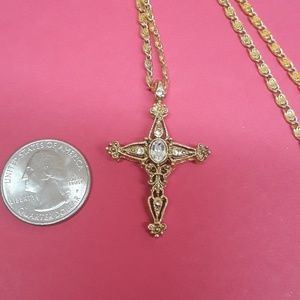 Jewelry - EUC gold-plated cross with chain